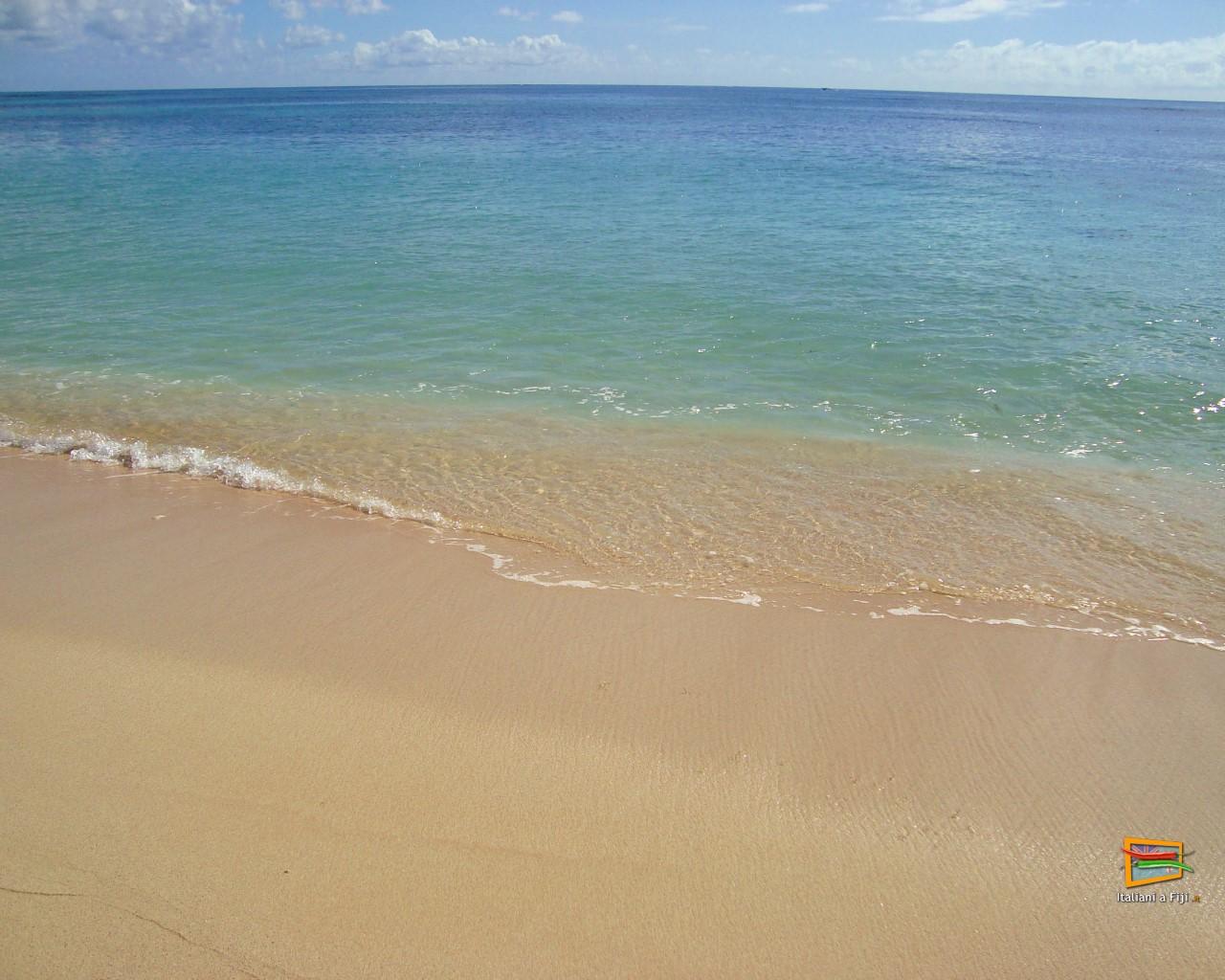Pin spiaggia desktop on pinterest for Sfondi spiagge hd