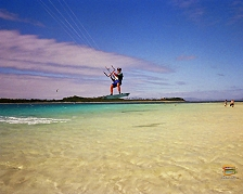 Kite surf intorno ai banchi di sabbia di Malolo Lailai