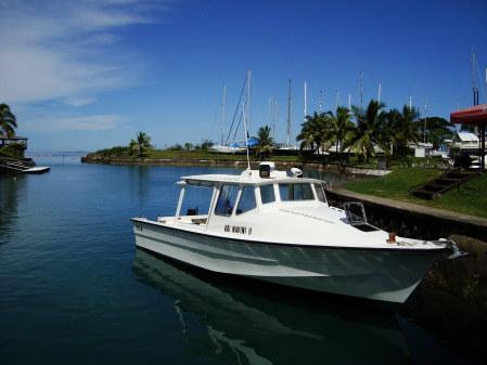 La barca di Navini Island Resort alla Marina di Vuda Point