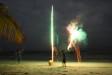 Ivan lanciando fuochi d'artificio