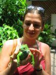 Anna con iguana al Kula Eco Park