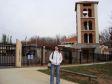 Anna davanti al Centro Culturale Italiano di Canberra