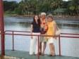 Anna e i suoi genitori a Fiji