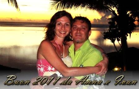 Ivan e Anna (Italiani a Fiji) augurano buon 2011 a tutti i visitatori